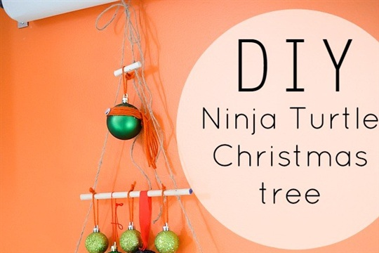 DIY NINJA TURTE CHRISTMAS TREE