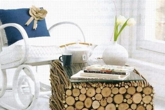 DIY Log Coffee Table Idea