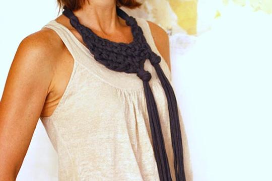 Make a stunning knotted neckpiece