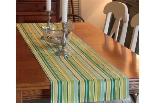 Easy Summer Table Runner