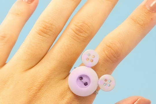 DIY minnie mouse inspired ring