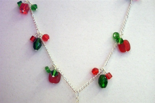 Christmas in July A Festive Necklace