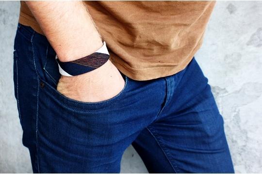 DIY necktie bracelet