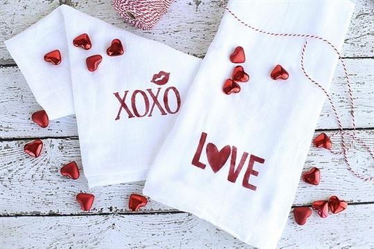 DIY Valentine Towels