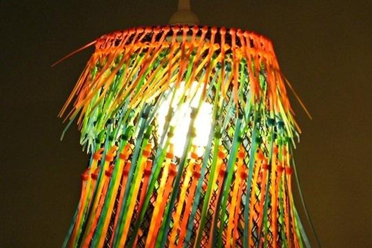 Ombre Neon Zip Tie Pendant Lamp