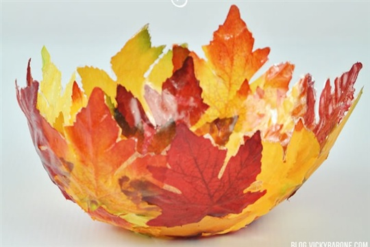 DIY Fabric Leaf Bowl