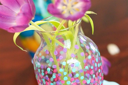 Make a Statement With Pebble Ombre Vase Painting