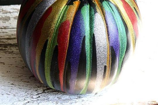 Glitter Drip Pumpkin a sparkly pumpkin decorating idea