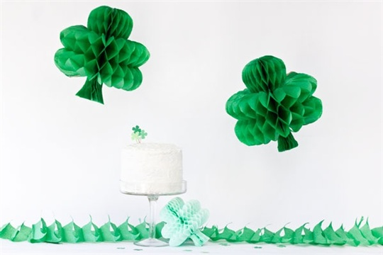 DIY Shamrock Honeycombs for St. Patrick's Day