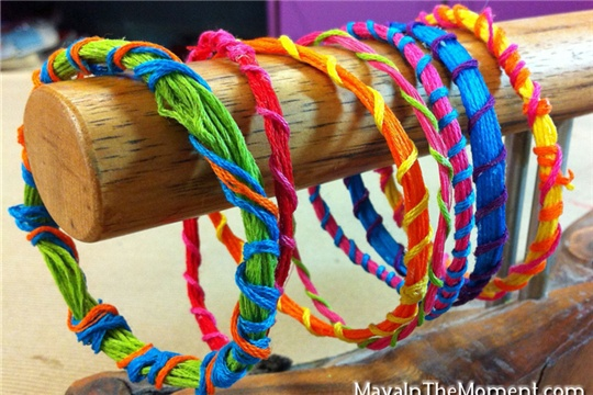 MAYA IN THE MOMENT: Stiffened Embroidery Floss Friendship Bracelets