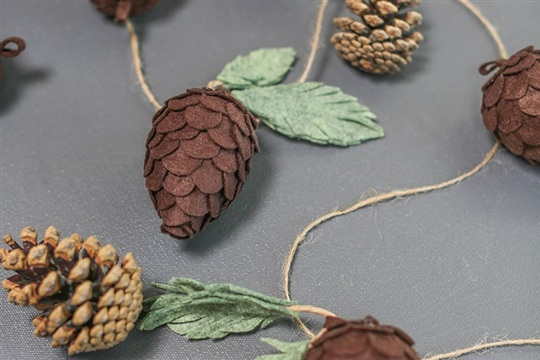 DIY Felt Pine Cones