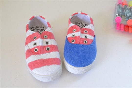 Patriotic 4th of July Shoe Makeover